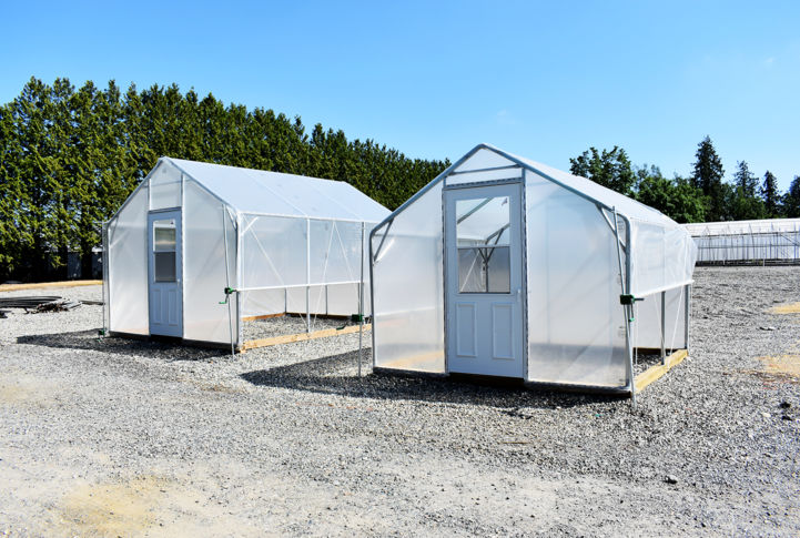 10' Wide Greenhouses
