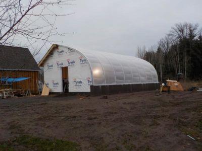 charles-claus-greenhouse2.JPG